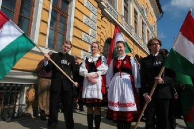 Maghiarii cer o sarbatoare nationala de stat in care sa se poata bucura cu romanii si alte minoritati