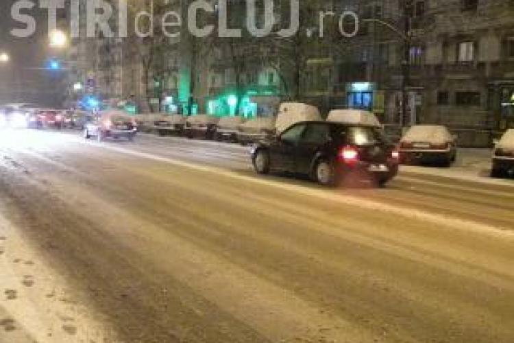 Primaria Cluj sustine ca strazile orasului au fost deszapezite cu 570 de tone de material antiderapant intr-o noapte. Au ajuns si pe strada ta?