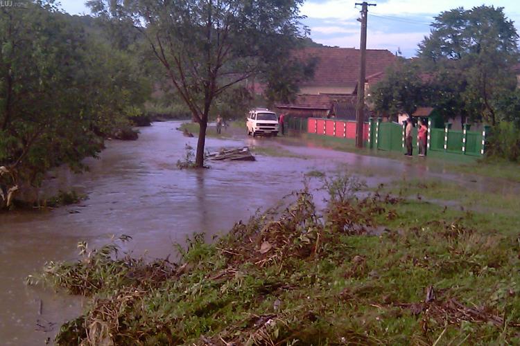 Avertizare hidrologica, COD GALBEN, pana vineri, 10 decembrie, la ora 16.00
