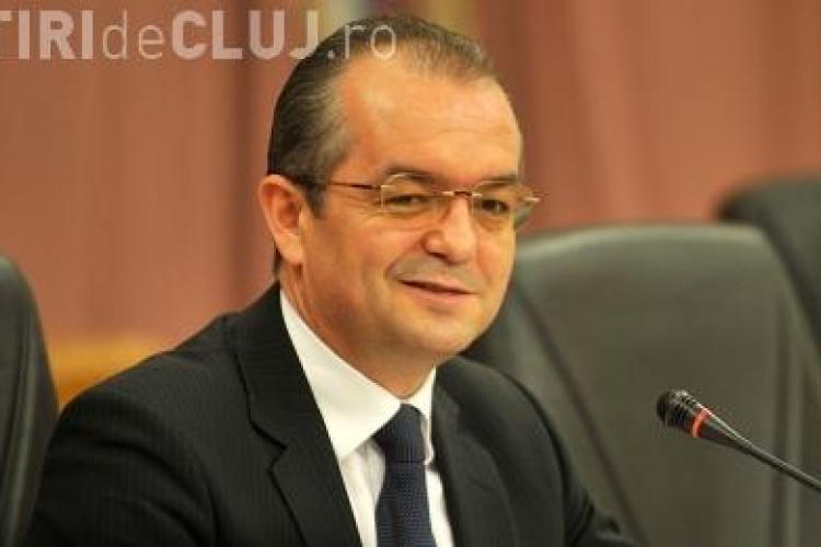 Emil Boc: Opozitia este disperata acum ca economia isi revine