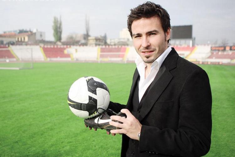 Adrian Cristea semneaza astazi cu U Cluj. VEZI cine se mai transfera la U Cluj