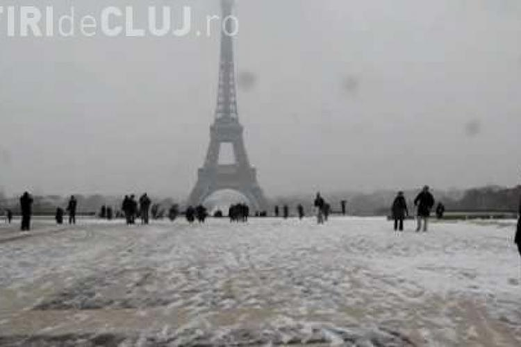 Turnul Eiffel, inchis din cauza ninsorii