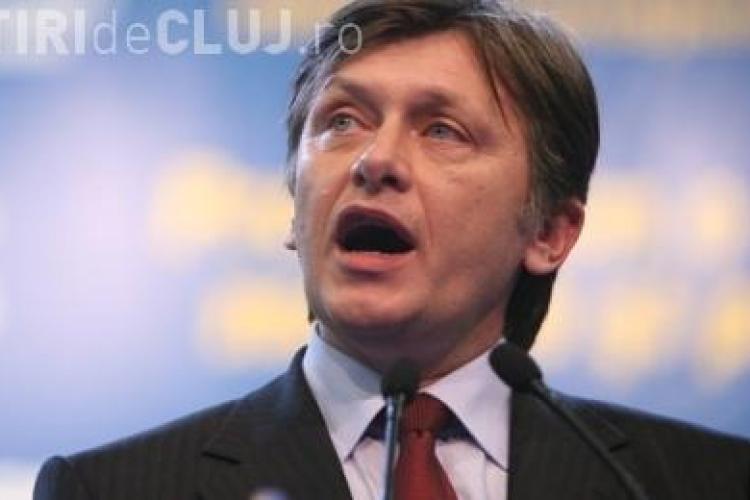Crin Antonescu, preferat de romani pentru functia de presedinte! Sondajul CCSB arata ca Basescu este in cadere libera