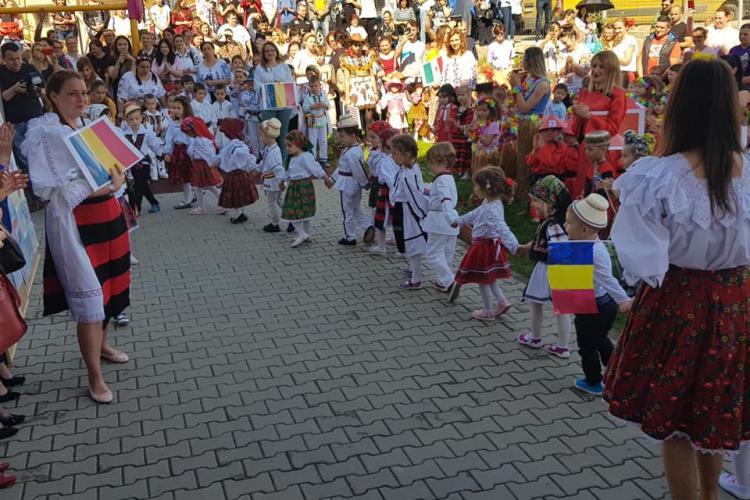 Festivalul Concurs Călătorie pe Tărâmul Interculturalității la grădinița din Florești - FOTO