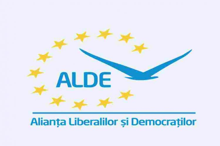 """ALDE Cluj susține că nu sunt filiale care au """"dezertat"""" la Pro România"""