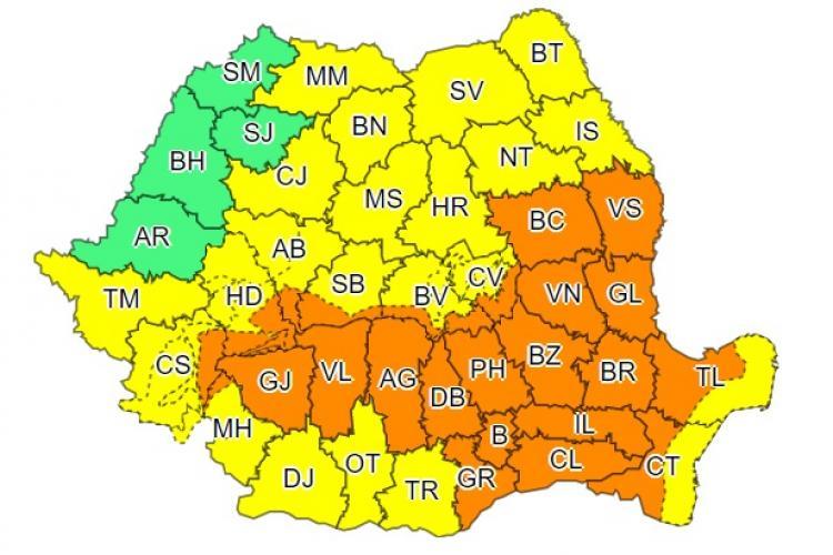 România, sub ploi torențiale! ANM a emis avertismente de tip cod galben și portocaliu în aproape toată țara