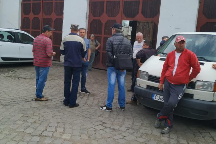 Protest la Societatea Drumuri și Poduri Judeţene Cluj SA a Consiliului Județean Cluj. Angajații sunt neplătiți cu lunile