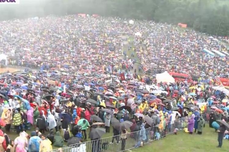Peste 85.000 de oameni la întâlnirea cu Papa Francisc, de la Șumuleu Ciuc