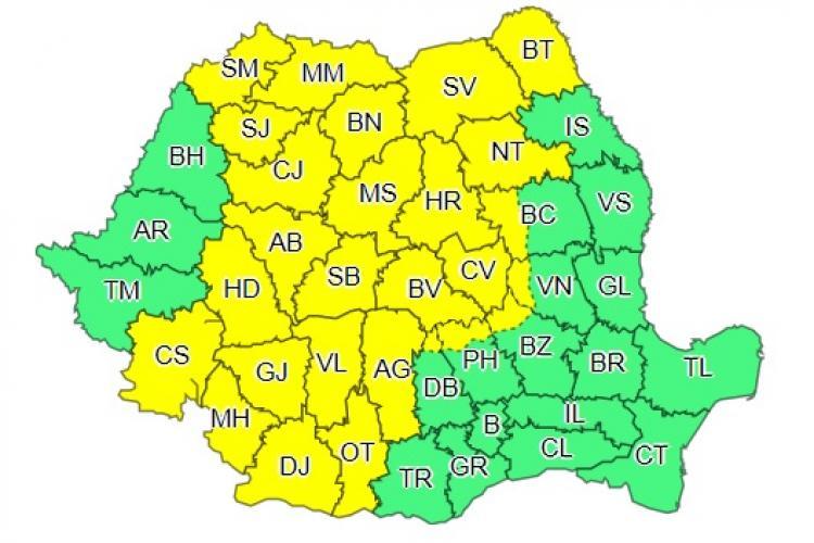 Cod galben de furtuni și vijelii în aproape jumătate de țară. Clujul este afectat