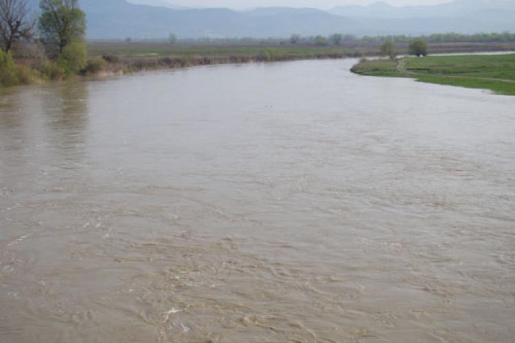 Cod portocaliu de inundații pe Someș. Este afectat și județul Cluj