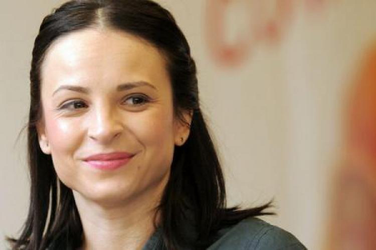 """Corina Ungureanu, fosta gimnastă, susține că a fost umilită de minstrul Sportului: """"D-ră, va respect ca sportiv dar ca om, NU!"""""""