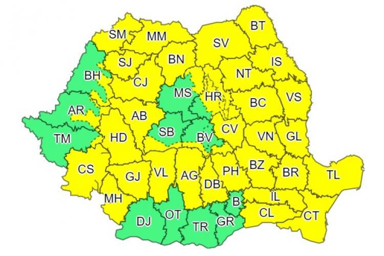 A cincea zi consecutiva de cod galben de furtuni în aproape toată țara! Clujul este afectat
