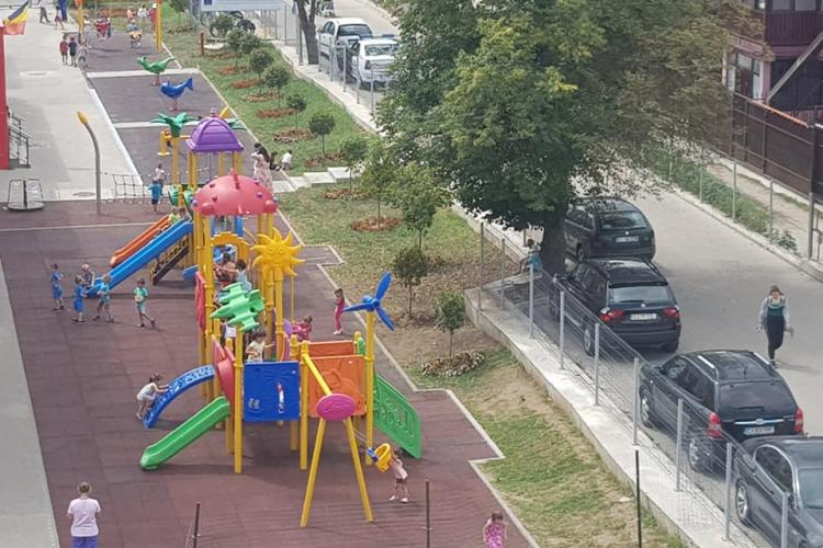 Grădinița de pe strada Ioan Rusu din Florești are un loc de joacă modern - FOTO