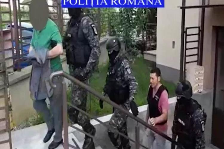 Italian ridicat de mascați la Cluj - VIDEO
