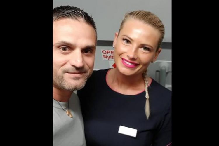 """Gestul unei stewardese din Cluj a impresionat un pasager: """"WizzAir, te iert pentru toate întârzierile!"""""""
