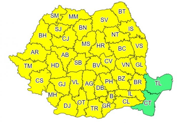 Furtunile acaparează România! Toată țara e sub COD GALBEN de ploi torențiale și vijelii