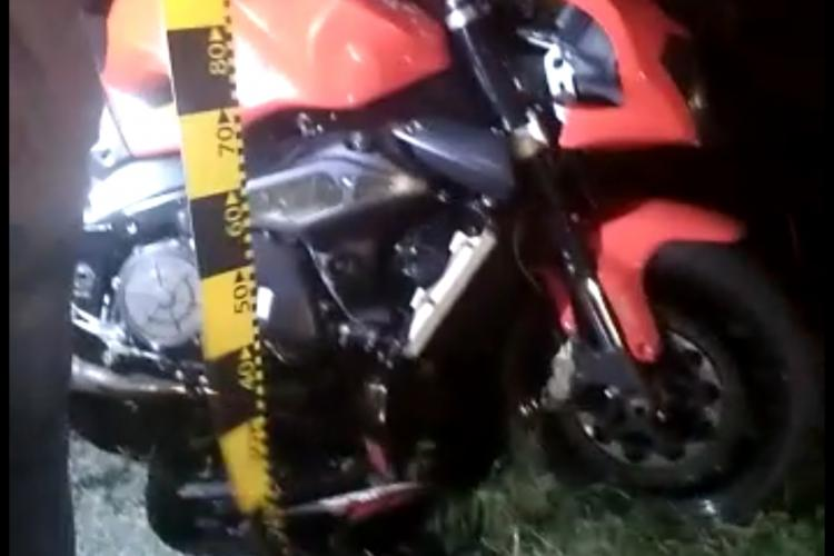 Motociclist rănit în Apahida. A intrat în coliziune cu un autoturism