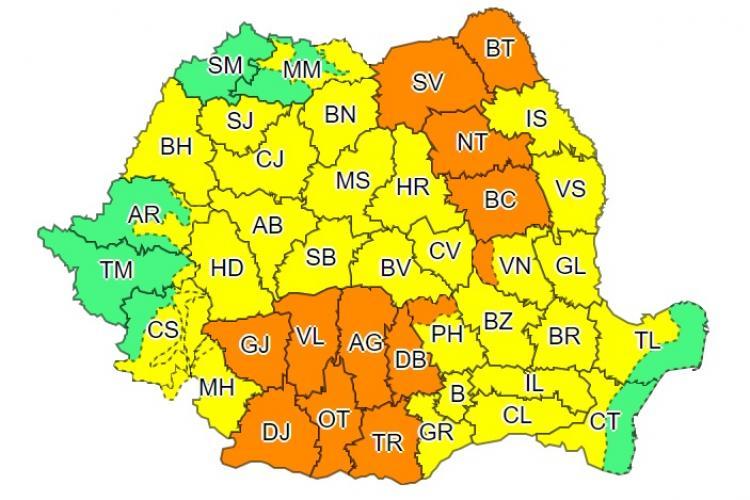 Toată țara sub cod galben și portocaliu de ploi torențiale. Până când e valabil avertismentul