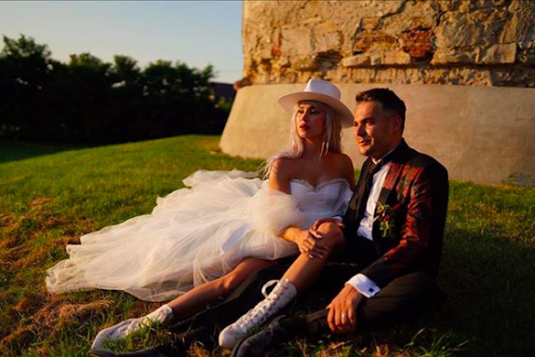 Alina Ceușan s-a măritat cu fast la Castelul Banffy. Ce rochii a purtat și cine e mirele - FOTO