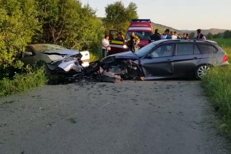 Accident cu șase victime între localitatile Petrea si Mureseni - VIDEO