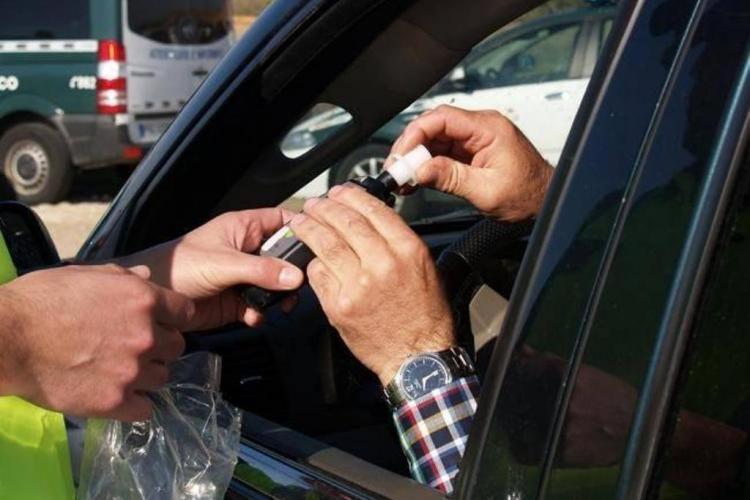 CLUJ: Șofer de peste 60 de ani, prins RUPT de beat la primele ore ale dimineții