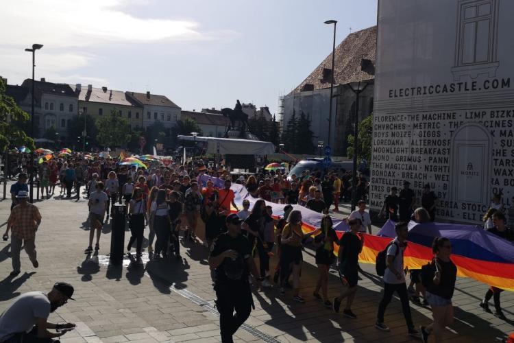 Peste 3.000 de persoane la Marșul Cluj Pride 2019. Au pornit spre Mărăști FOTO