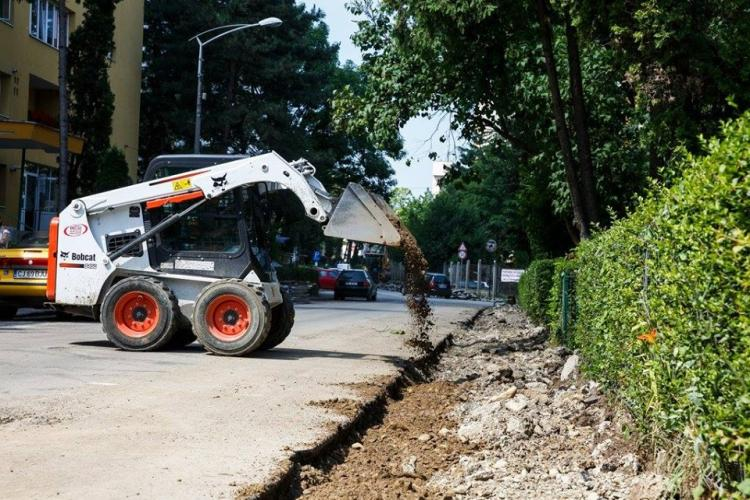 ATENȚIE, ȘOFERI! Mai multe străzi din Cluj-Napoca intră în reabilitare