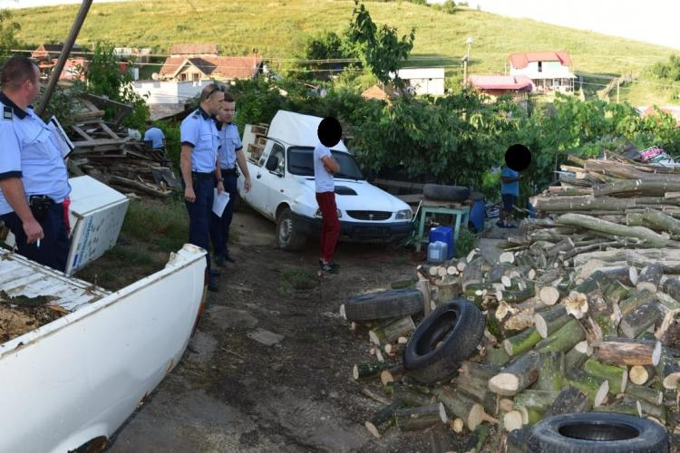 Spărgători de locuințe, prinși de polițiștii clujeni. Unul dintre ei a ajuns în spatele gratiilor FOTO