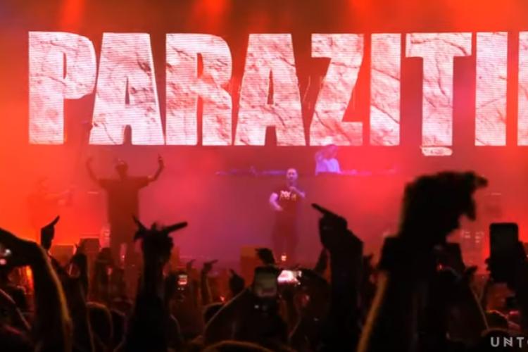Paraziții au cântat Antimiliție la Untold, deși piesa nu era în playlist - VIDEO