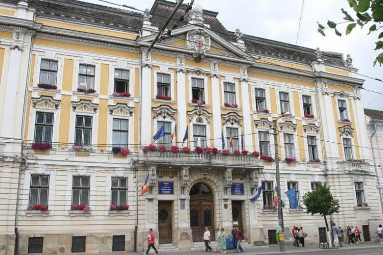 Angajații din Primăria Cluj-Napoca primesc spor de 15% pentru condiții periculoase și vătămătoare de muncă