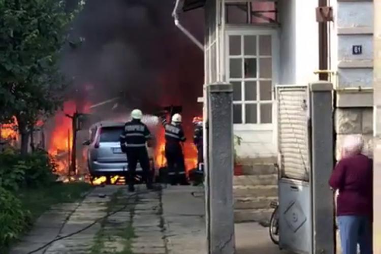 Incendiu puternic pe strada Traian Moșoiu din Cluj-Napoca - VIDEO