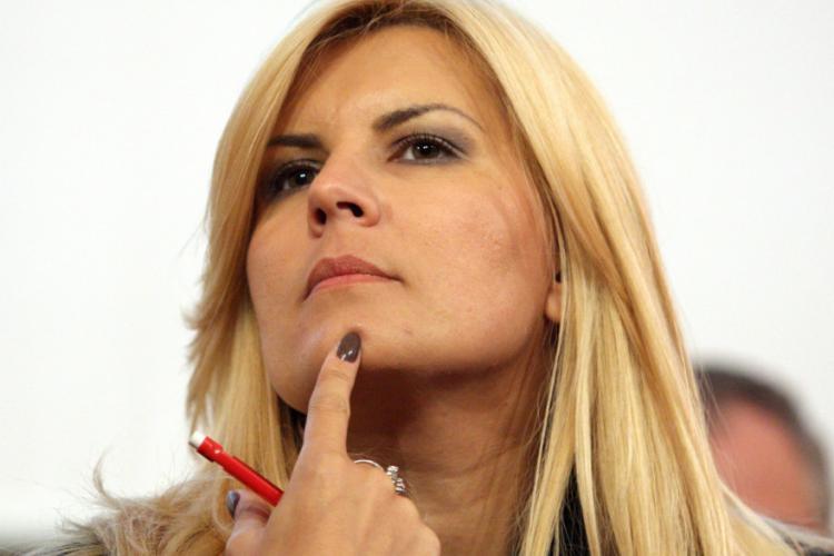 Elena Udrea a revenit în România: Am renuntat de bunavoie la statutul de refugiat și mă voi apăra