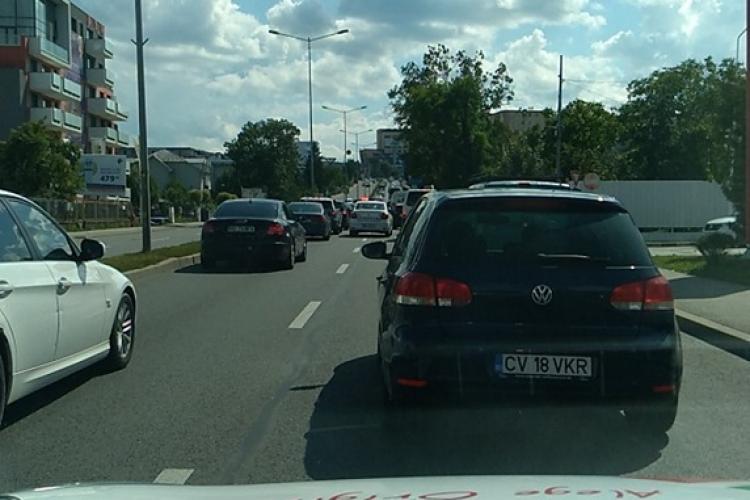 Ieșirile din Cluj-Napoca blocate. Pleacă festivalierii de la Untold. Ce rute alternative să folosiți