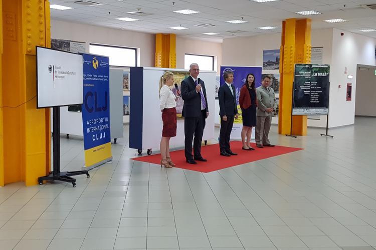 """La Aeroportul Cluj a fost vernisată expoziția """"La Masă"""" - FOTO"""