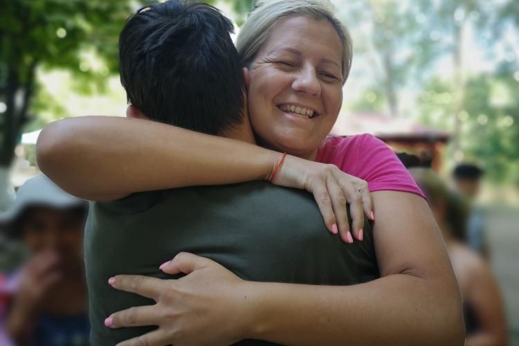 La Cluj se caută voluntari pentru copiii din centrele de plasament