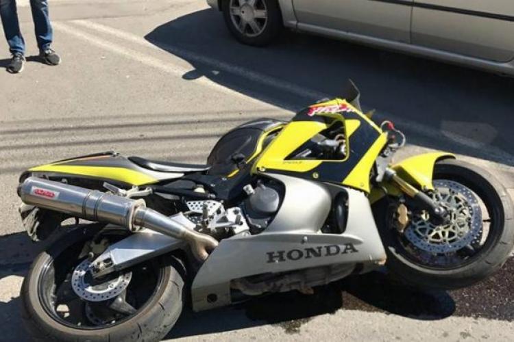 Motociclistă accidentată pe Moților. A încercat să evite un autoturism