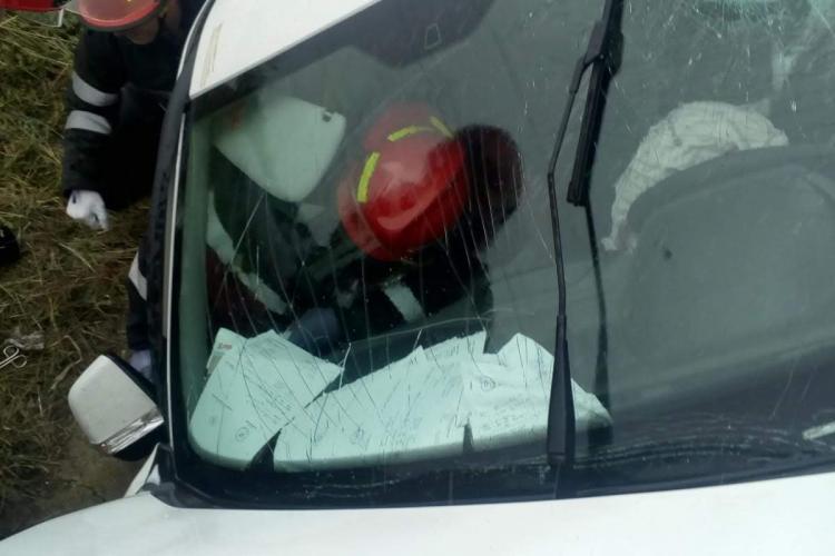 Accident pe centura Apahida. A intrat într-un cap de pod - FOTO