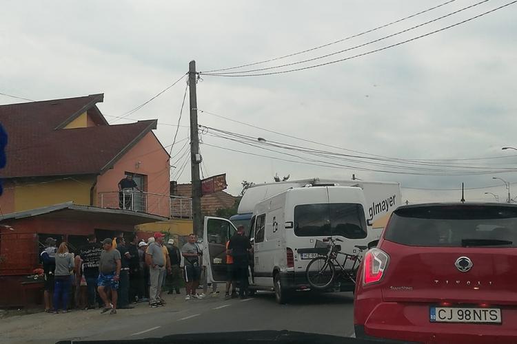 Accident în Apahida, pe drumul principal - FOTO