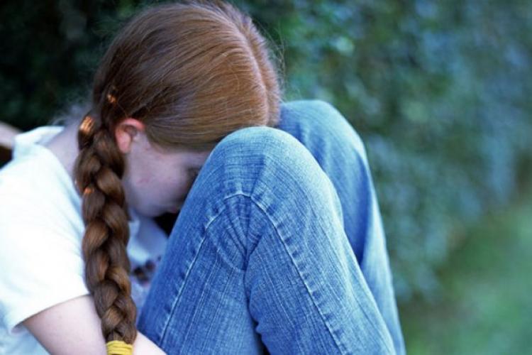 Caz dramatic la Cluj! Două fetițe au fost violate de către iubitul mamei lor
