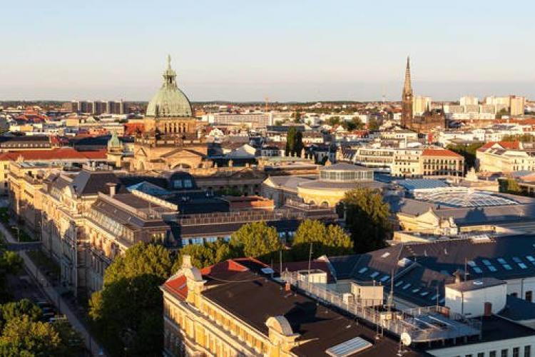 Oficial: În Leipzig, poliția a cerut hotelurilor să anunţe când cazează români