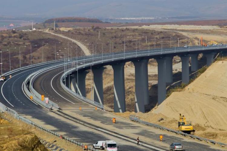 Lotul 4 din autostrada Lugoj - Deva e finalizat, dar nu poate fi deschis circulaţiei din cauza incompetenței
