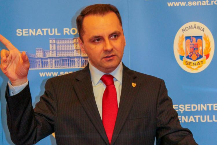 Senatorul PMP, Cristian Lungu: Aștept de 48 de ore ca jurnaliștii Goțiu și Ungureanu să se delimiteze de Caramitru