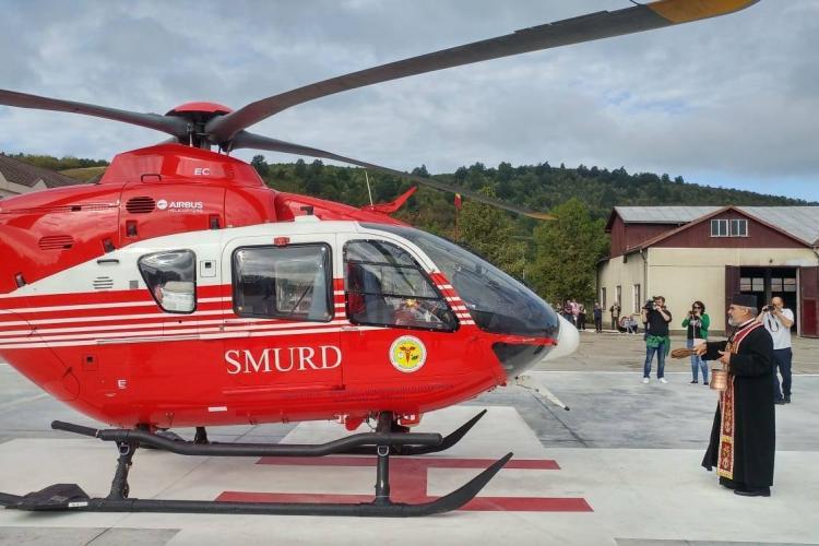 A fost adus elicopterul SMURD care va deservi și Clujul - FOTO