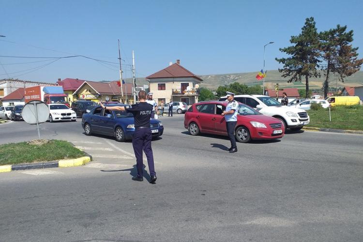 Accident în sensul giratoriu din Florești - FOTO
