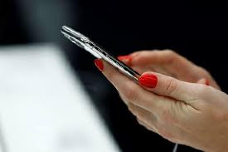 ANCOM propune reducerea tarifelor pentru terminarea apelurilor mobile