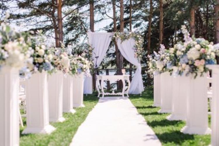 Evenimentele de 5 * ale Clujului. Nunțile ca în povești, galele demne de Marele Gatsby sau evenimentele corporate poartă aceeași semnatură: Vanilla Events
