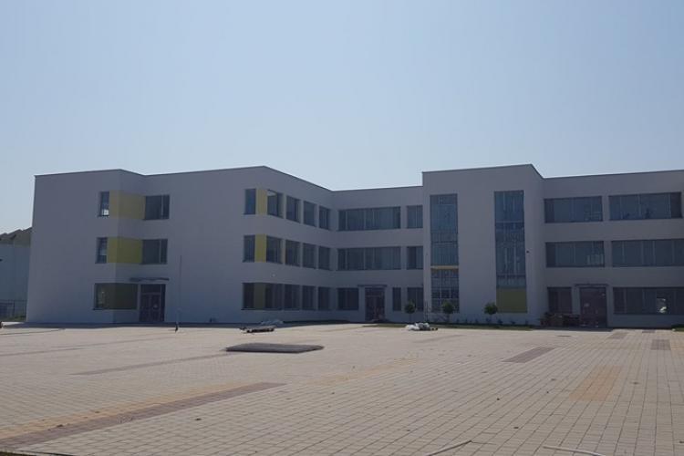 Cum arată noua școală și creșă din Florești. În 6-7 septembrie pot fi vizitate