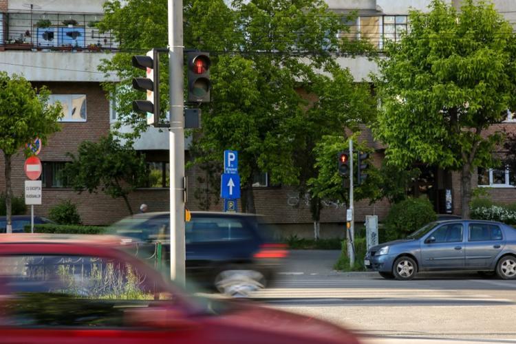 Două noi treceri de pietoni semaforizate la Cluj-Napoca, în zone periculoase
