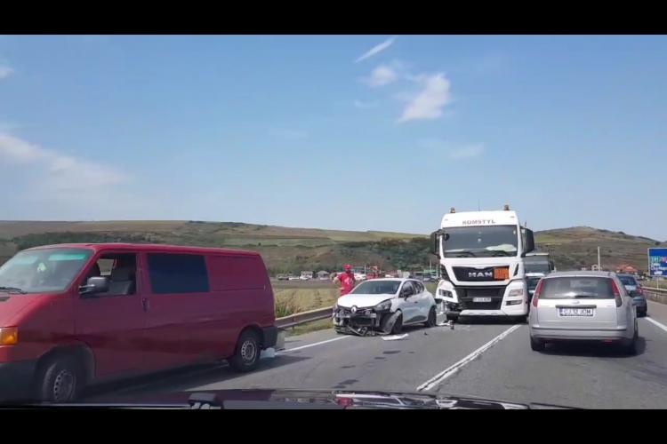 Accident pe centura Vâlcele - Apahida. Se circulă cu dificultate - VIDEO