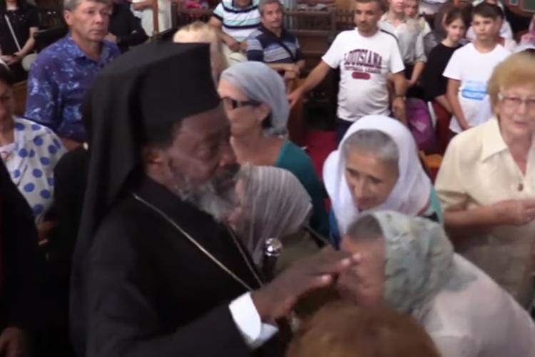 Un mitropolit din Africa a participat la pelerinajul până la Mănăstirea Nicula - VIDEO